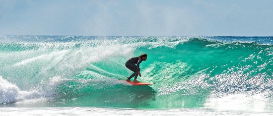 getting barrelled tropical water